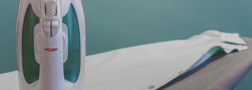 Curățarea corectă a fierului de călcat – metode testate și alte recomandări ale experților