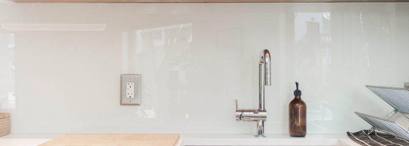 Cum se folosește corect mașina de spălat vase?