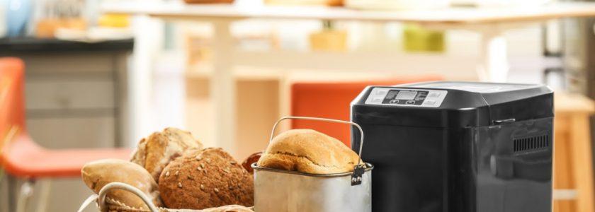 Mașina de făcut pâine și cuptorul electric cu funcții speciale – Ce trebuie să știi despre aceste tipuri de aparate